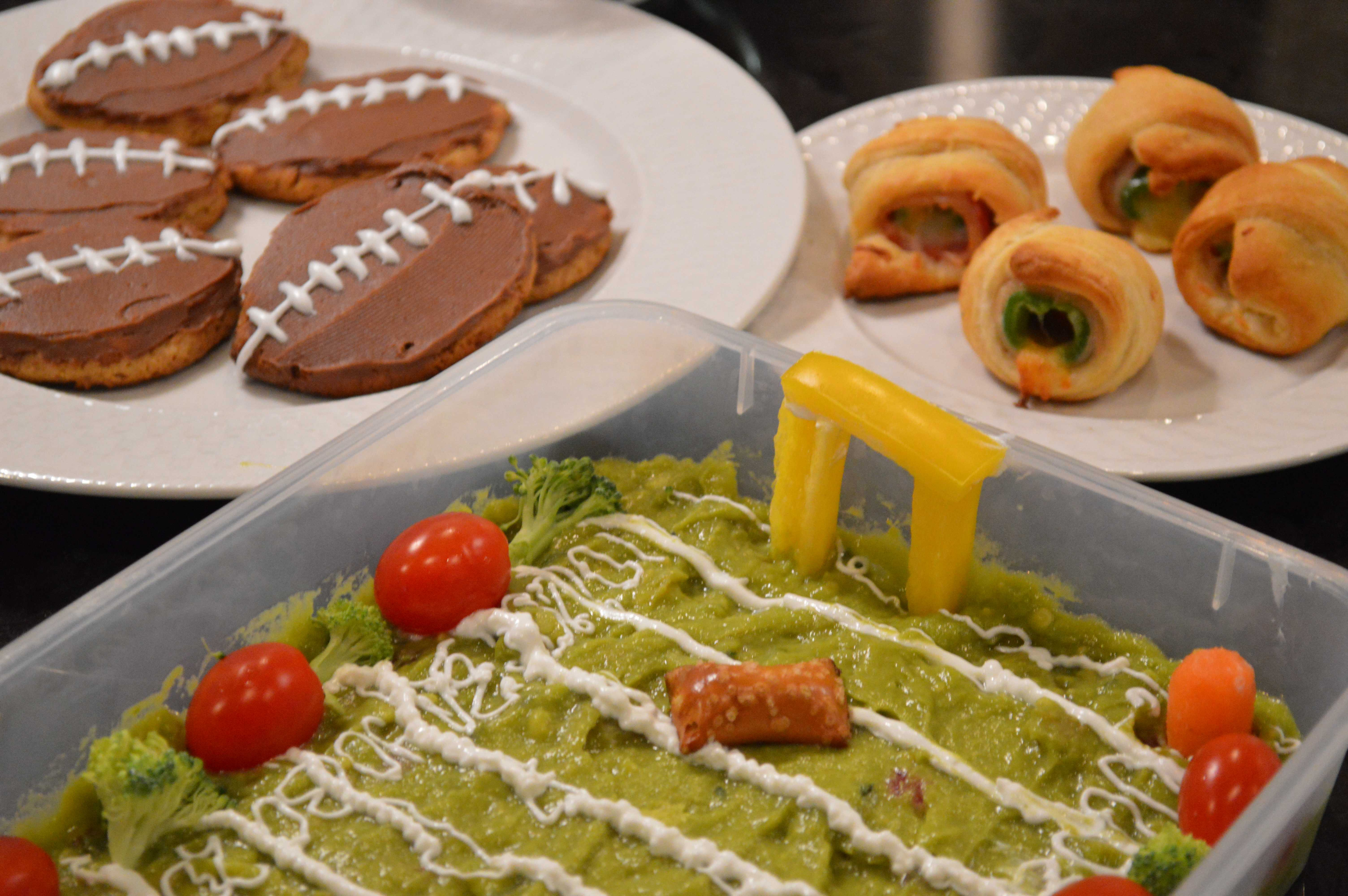 """Four Must-Have """"Game Day"""" Foods"""