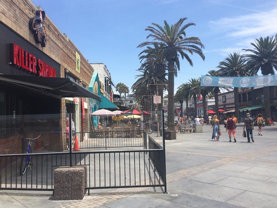 Altering of Downtown Hermosa Beach Environment