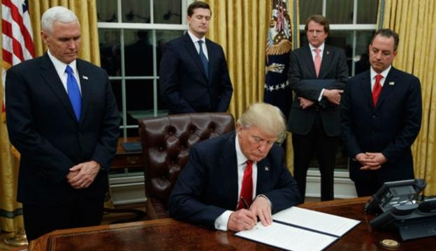 Trump takes his first step to repelling the Affordable Care Act. Photo courtesy of http://www.wsoctv.com